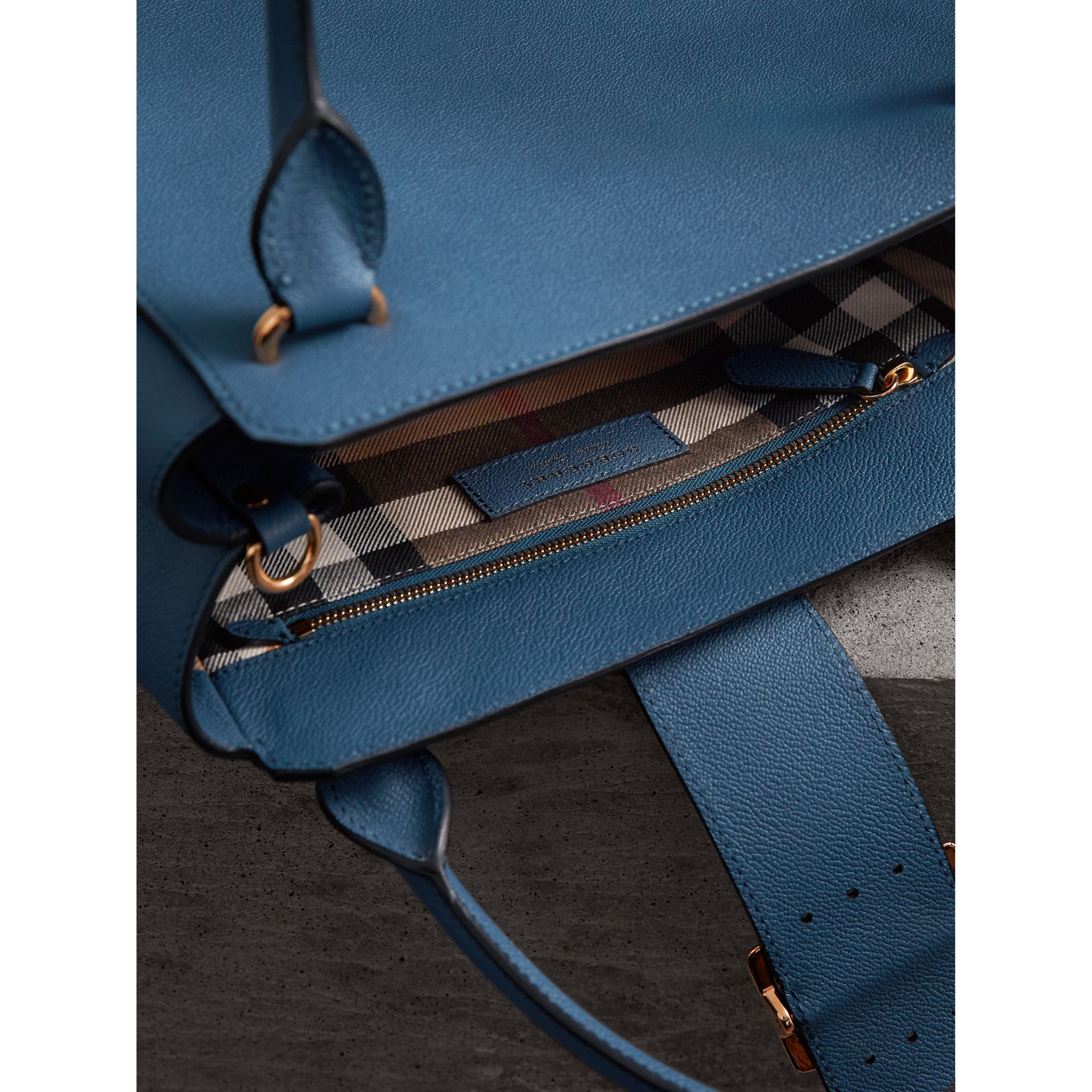 The Medium Buckle Tote in Grainy Leather in Steel Blue - Women | Burberry - gallery image 6