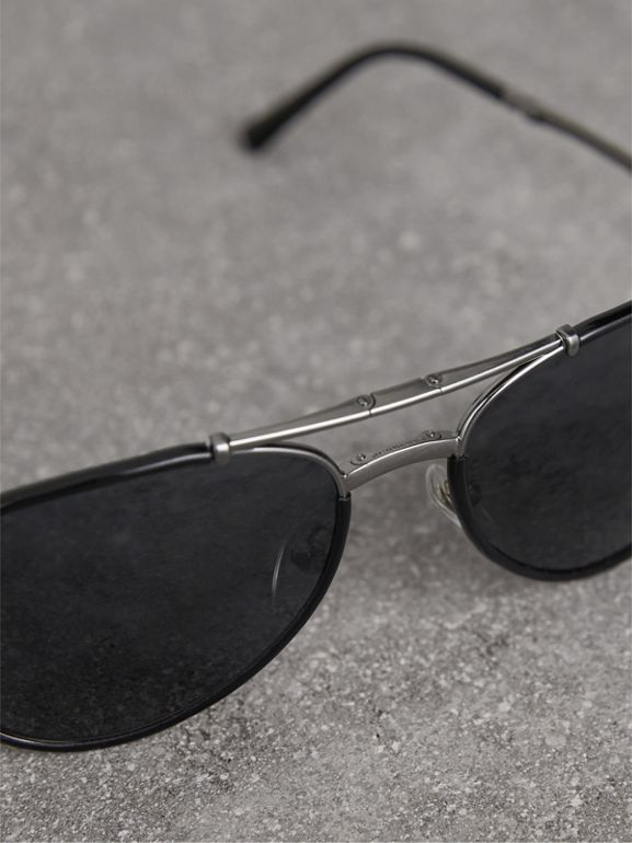 Folding Pilot Sunglasses in Black - Men | Burberry Hong Kong - cell image 1