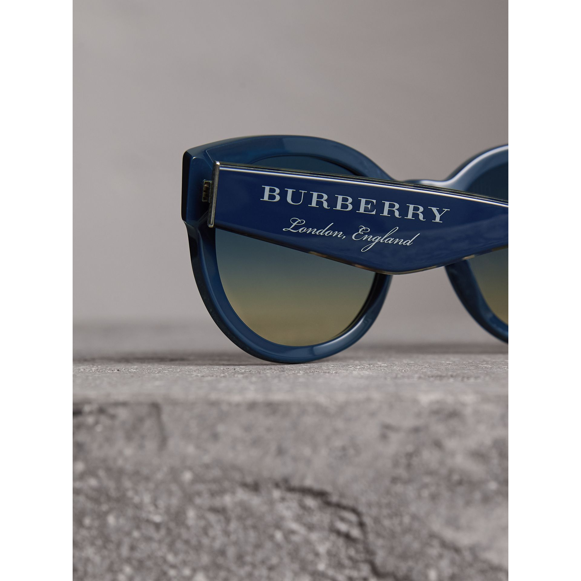 Round Frame Sunglasses in Navy - Women | Burberry - gallery image 1
