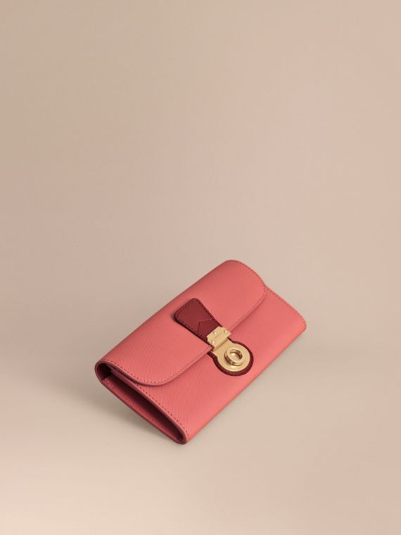Two-tone Trench Leather Continental Wallet Blossom Pink/antique Red