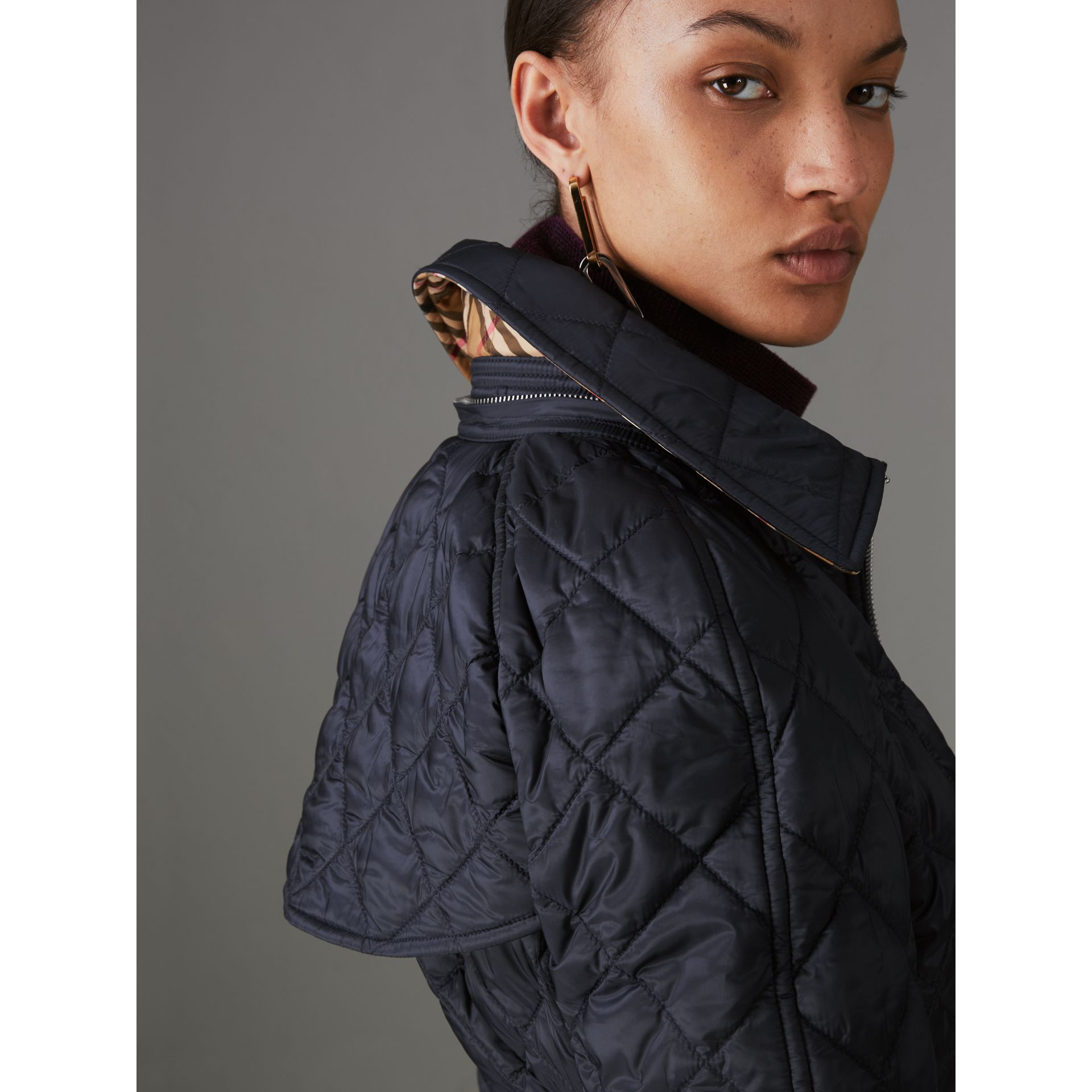 Detachable Hood Lightweight Diamond Quilted Coat in Ink - Women | Burberry - gallery image 4