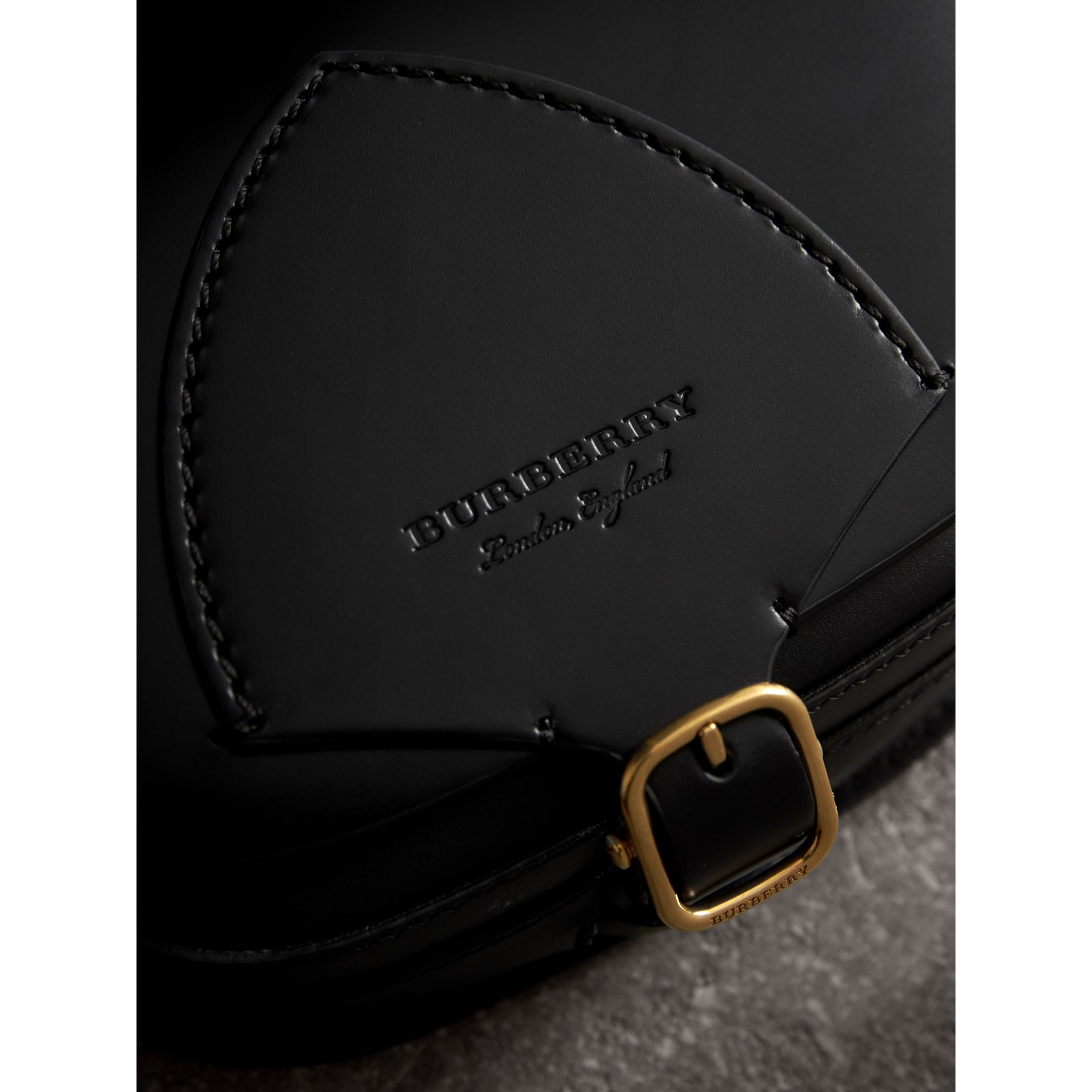 The Satchel aus Leder in Zaumzeug-Optik (Schwarz) - Damen | Burberry - Galerie-Bild 1