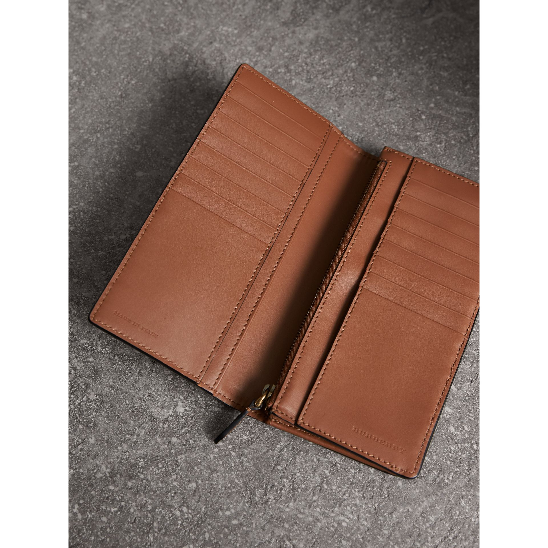 House Check and Grainy Leather Continental Wallet in Chestnut Brown - Men | Burberry - gallery image 4
