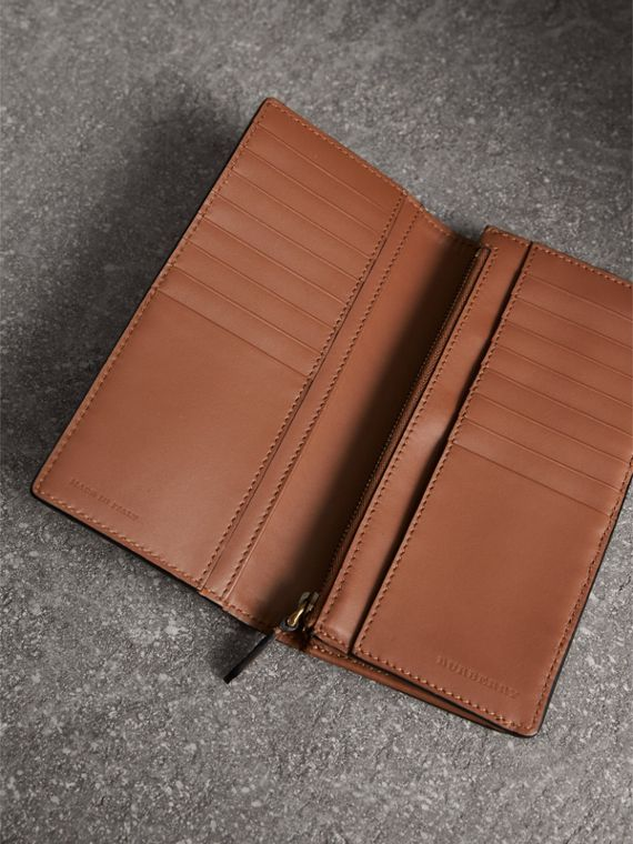 House Check and Grainy Leather Continental Wallet in Chestnut Brown | Burberry Singapore - cell image 3
