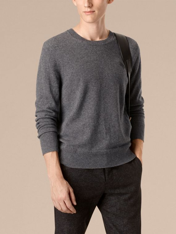 Crew Neck Cashmere Sweater in Mid Grey Melange - cell image 2