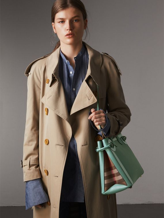 The Medium Banner in Leather with Tonal Appliqué in Celadon Blue - Women | Burberry - cell image 3