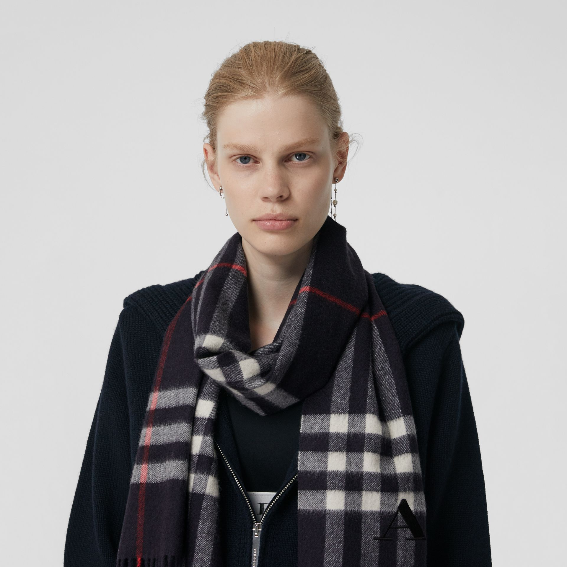 The Classic Check Cashmere Scarf in Navy | Burberry - gallery image 6