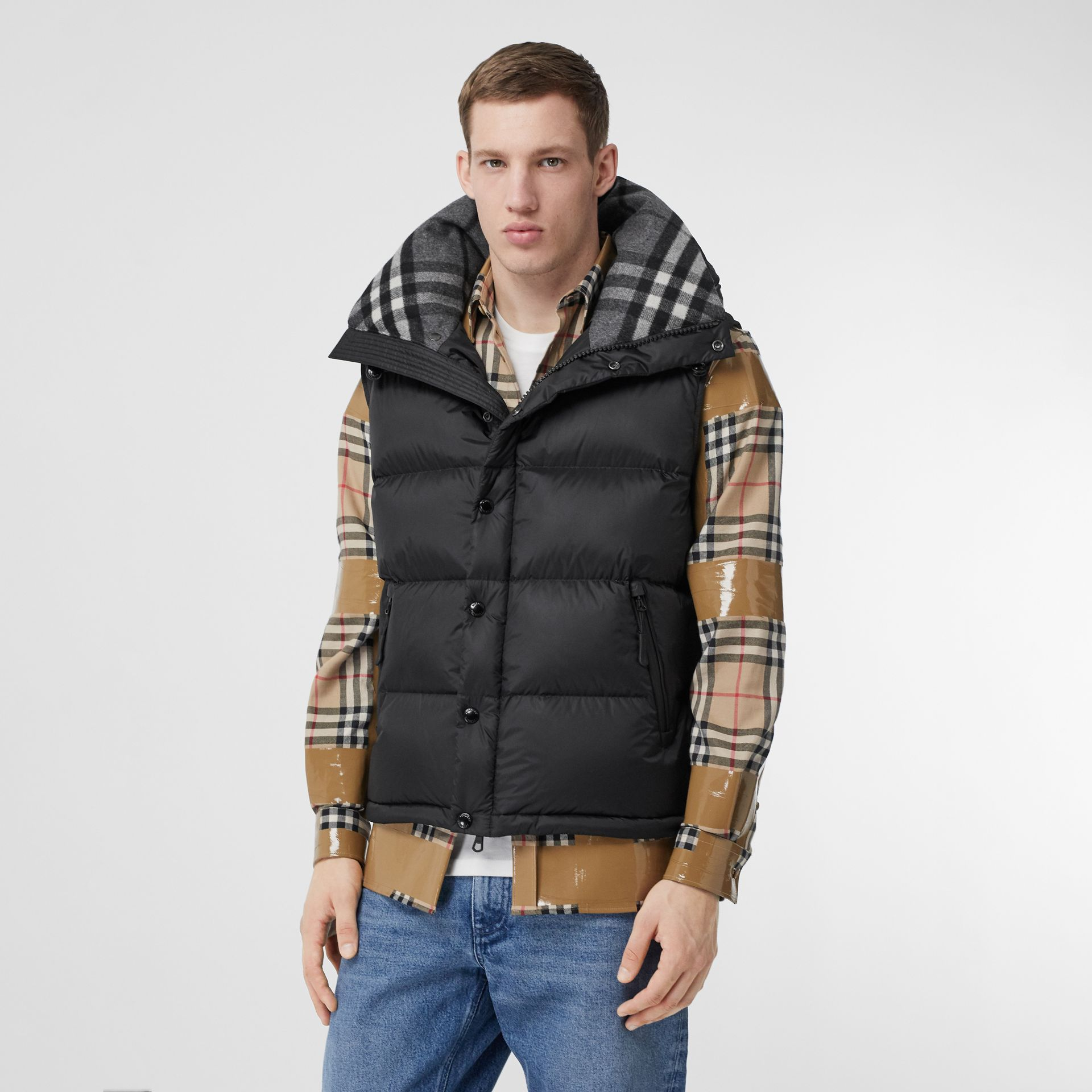 Detachable Sleeve Hooded Puffer Jacket in Black - Men | Burberry Singapore - gallery image 5