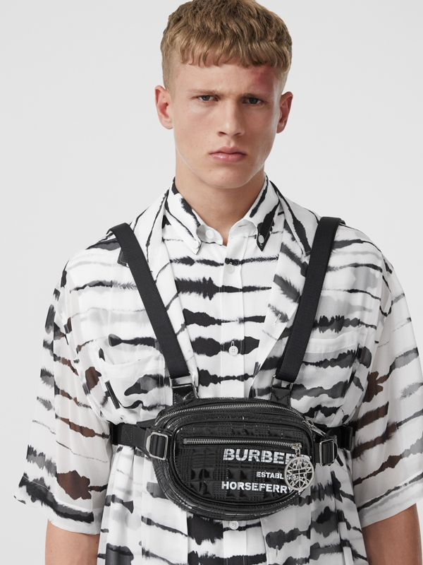 Horseferry Print Coated Canvas Cannon Belt Pack in Black | Burberry Australia - cell image 3