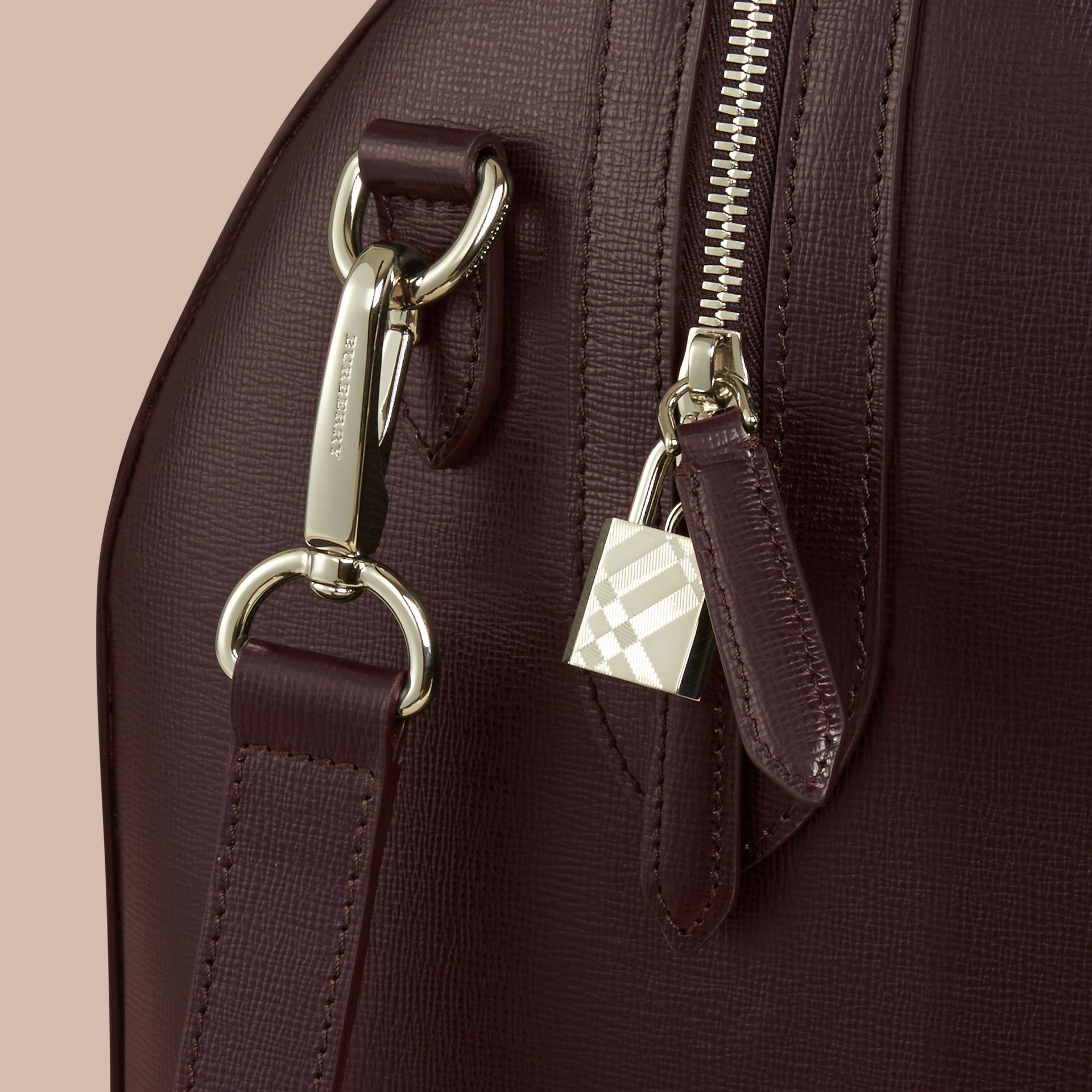 Wine London Leather Holdall - gallery image 5