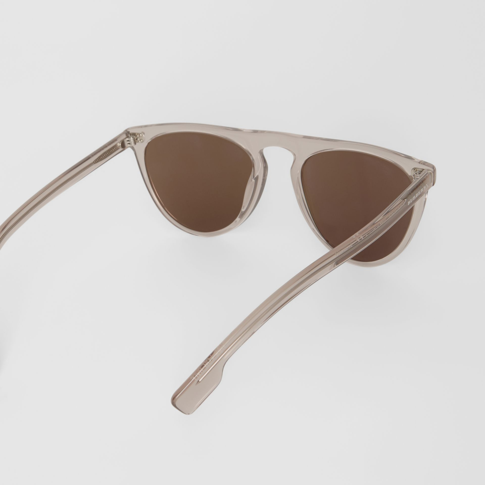 Keyhole D-shaped Sunglasses in Grey - Men | Burberry United Kingdom - gallery image 4
