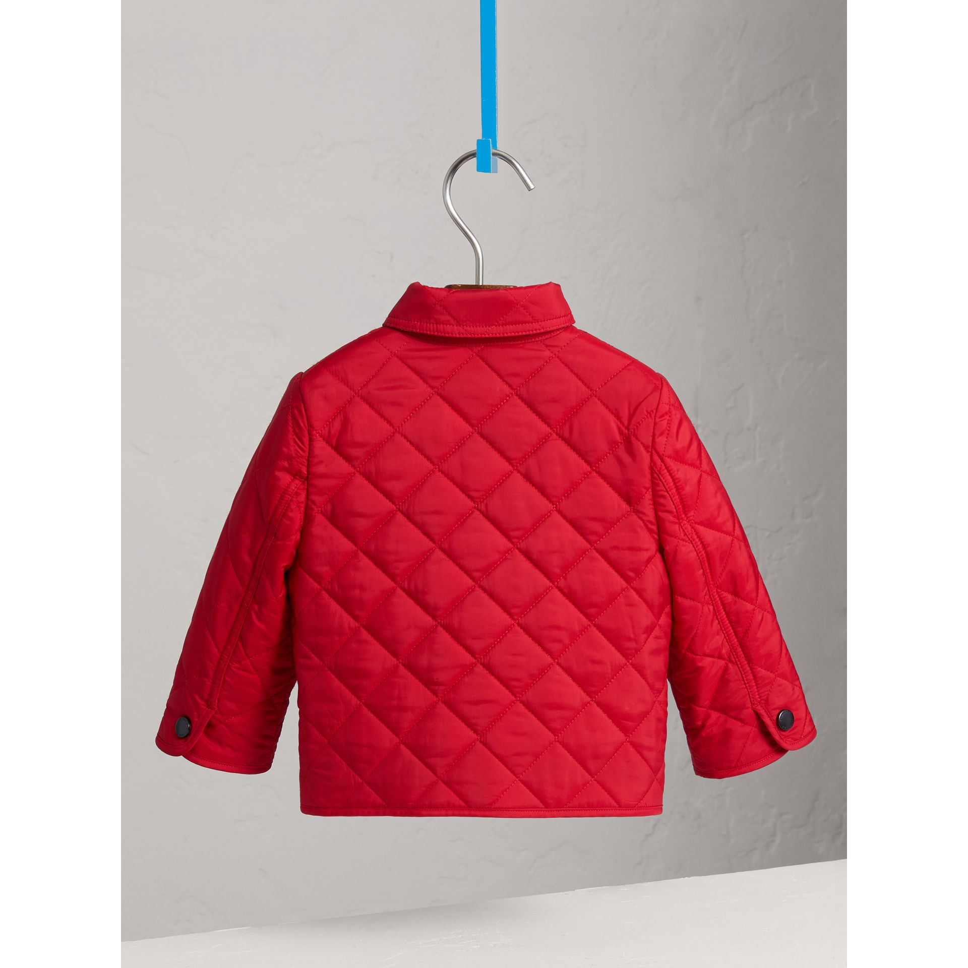 Lightweight Quilted Jacket in Bright Cherry Red | Burberry United Kingdom - gallery image 3