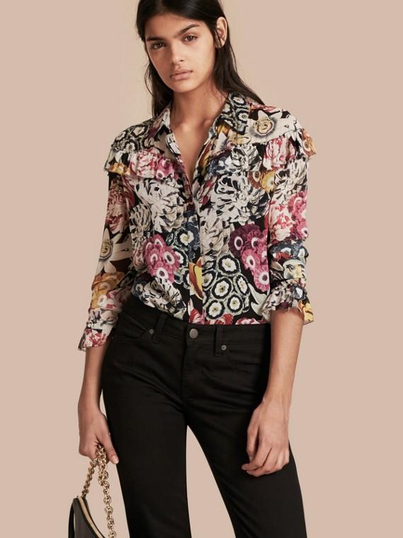 Camisa en georgette de seda floral con detalle de volantes