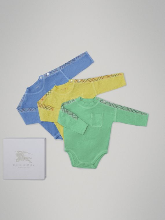 Check Cotton Three-piece Baby Gift Set in Multicolour