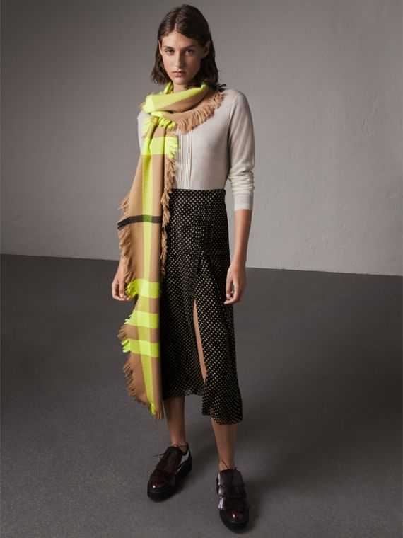 Fringed Check Wool Scarf in Neon Yellow | Burberry Singapore - cell image 2
