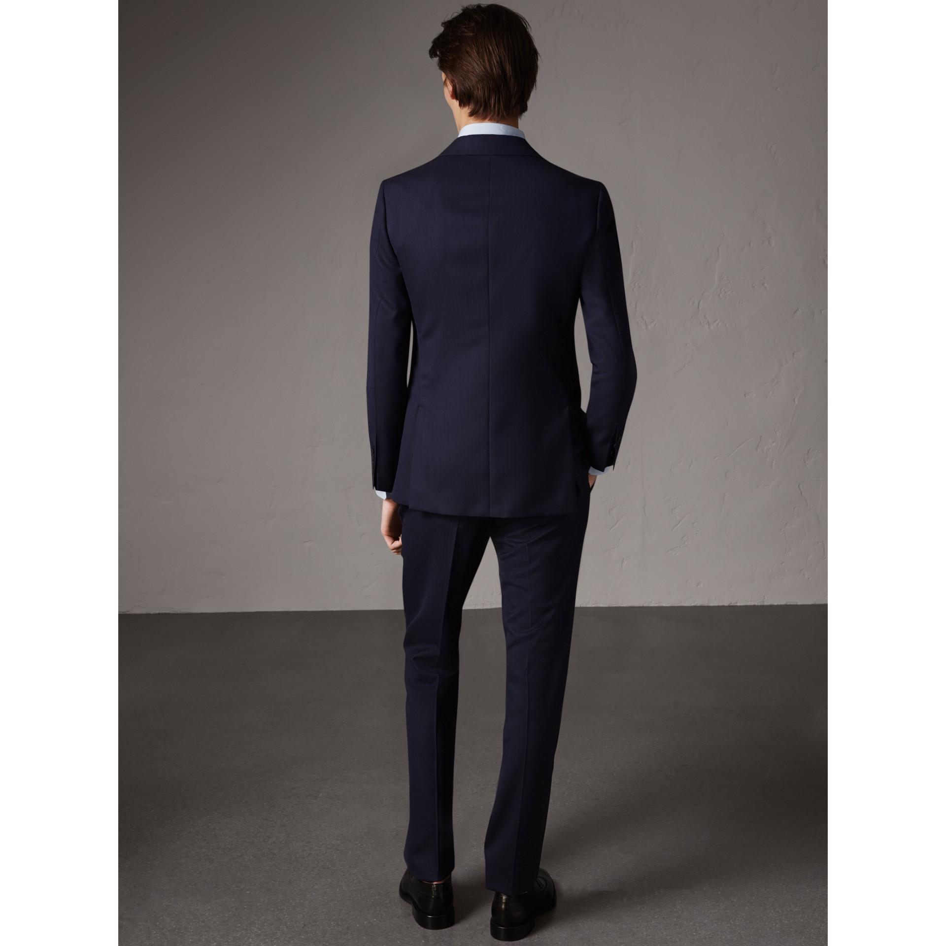 Soho Fit Herringbone Wool Suit in Navy - Men | Burberry Hong Kong - gallery image 3