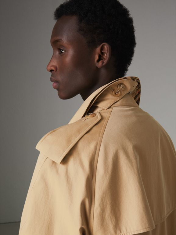 The Westminster Heritage Trench Coat in Honey - Men | Burberry United Kingdom - cell image 1