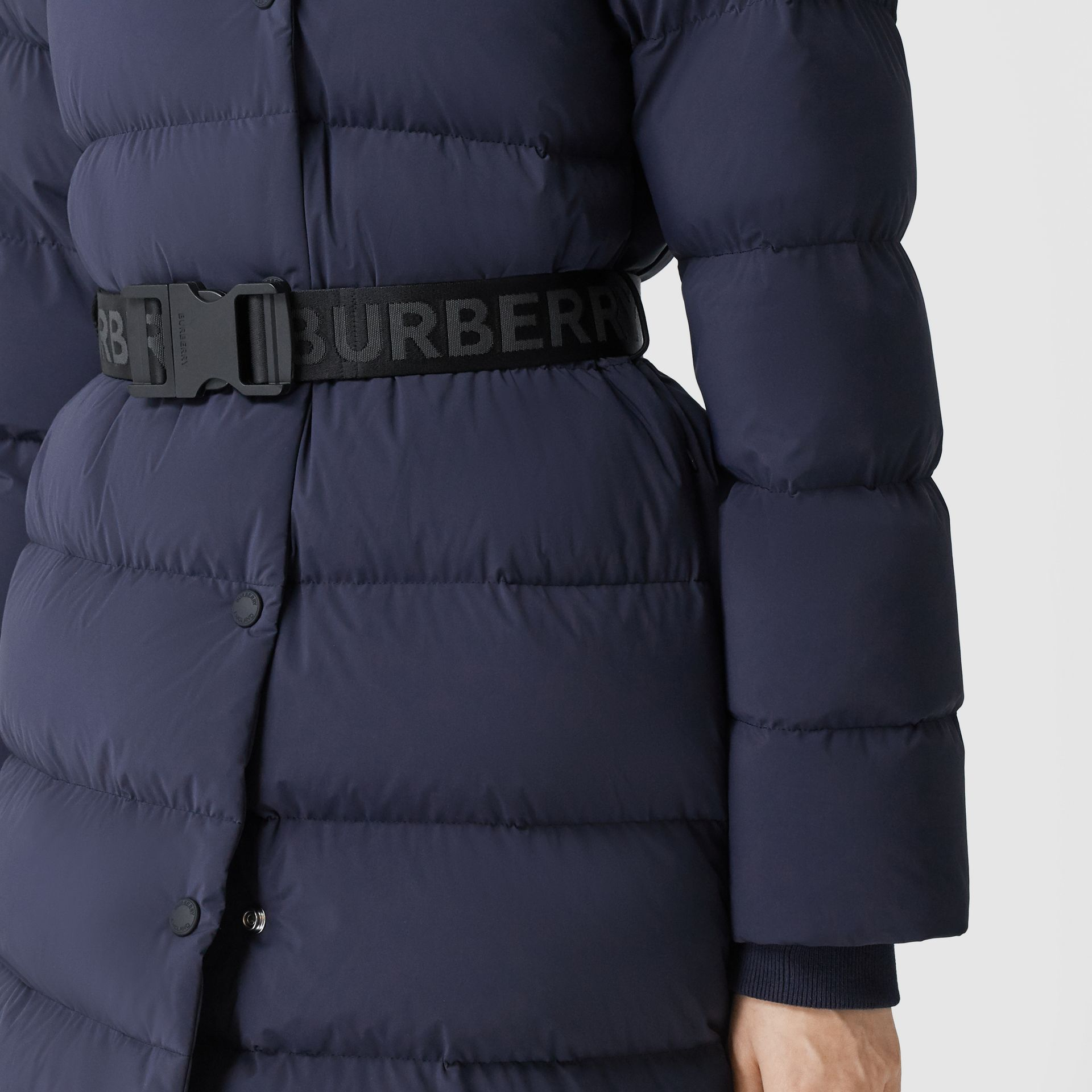 Detachable Hood Belted Puffer Coat in Navy - Women | Burberry Hong Kong S.A.R - gallery image 4