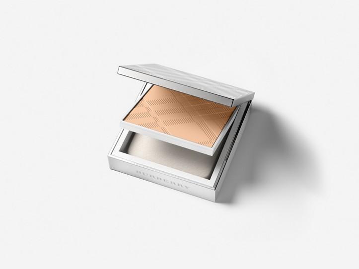 Bright Glow Compact SPF 25 PA +++ – Ochre Nude No.12