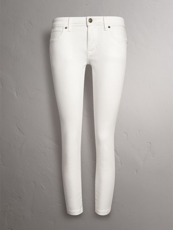 Skinny Fit Low-Rise Cropped Jeans in White - Women | Burberry Singapore - cell image 3