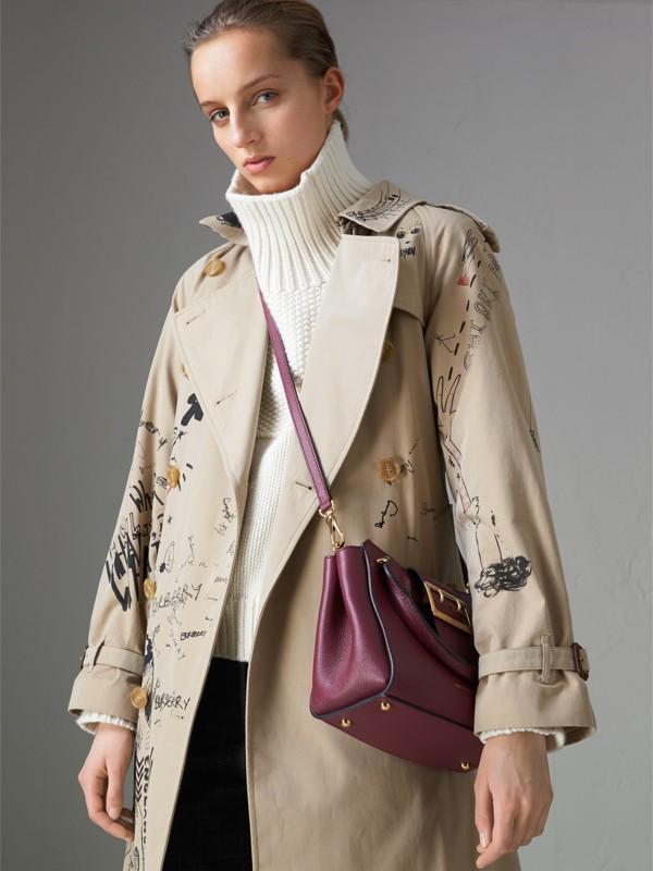 Bolsa tote Buckle de couro granulado - Pequena (Ameixa Escuro) - Mulheres | Burberry - cell image 3