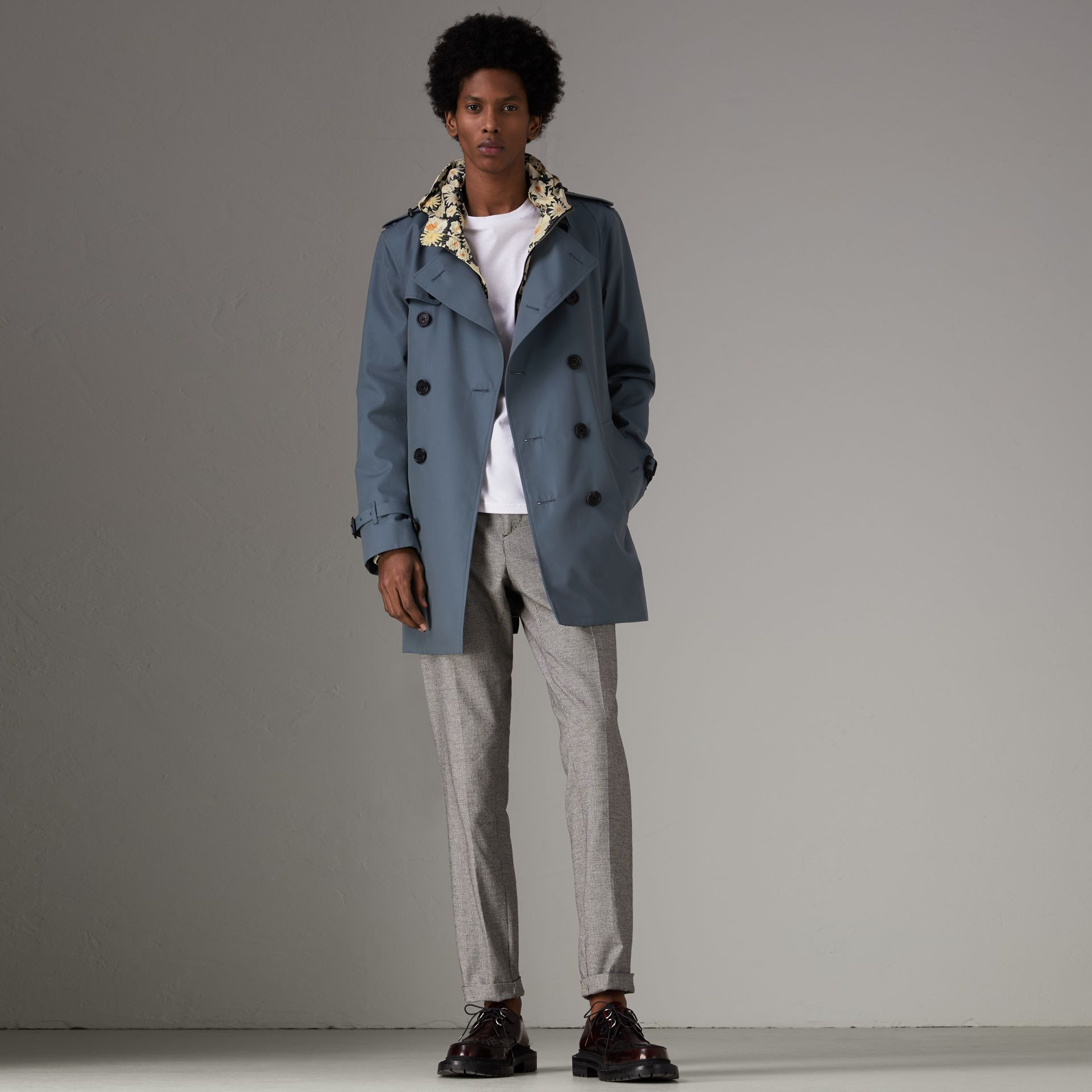 Trench en gabardine de coton (Bleu Empire) - Homme | Burberry - photo de la galerie 0