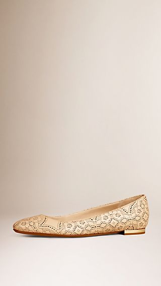 Laser-cut Lace Lambskin Ballerinas Antique Taupe Pink