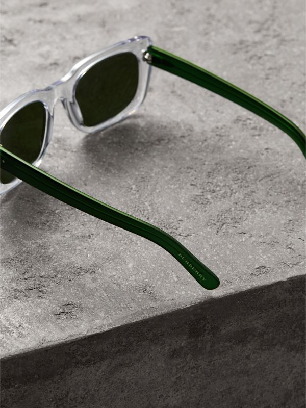 Square Frame Sunglasses in Crystal - Women | Burberry United States - cell image 3