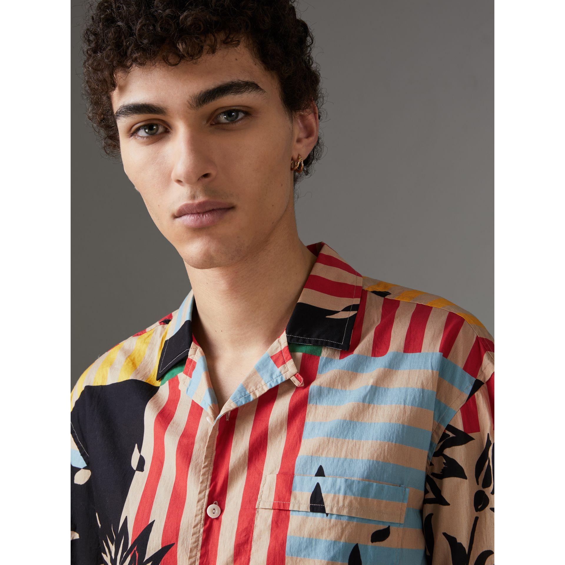 Short-sleeve Floral Stripe Print Cotton Shirt in Steel Blue - Men | Burberry Singapore - gallery image 1