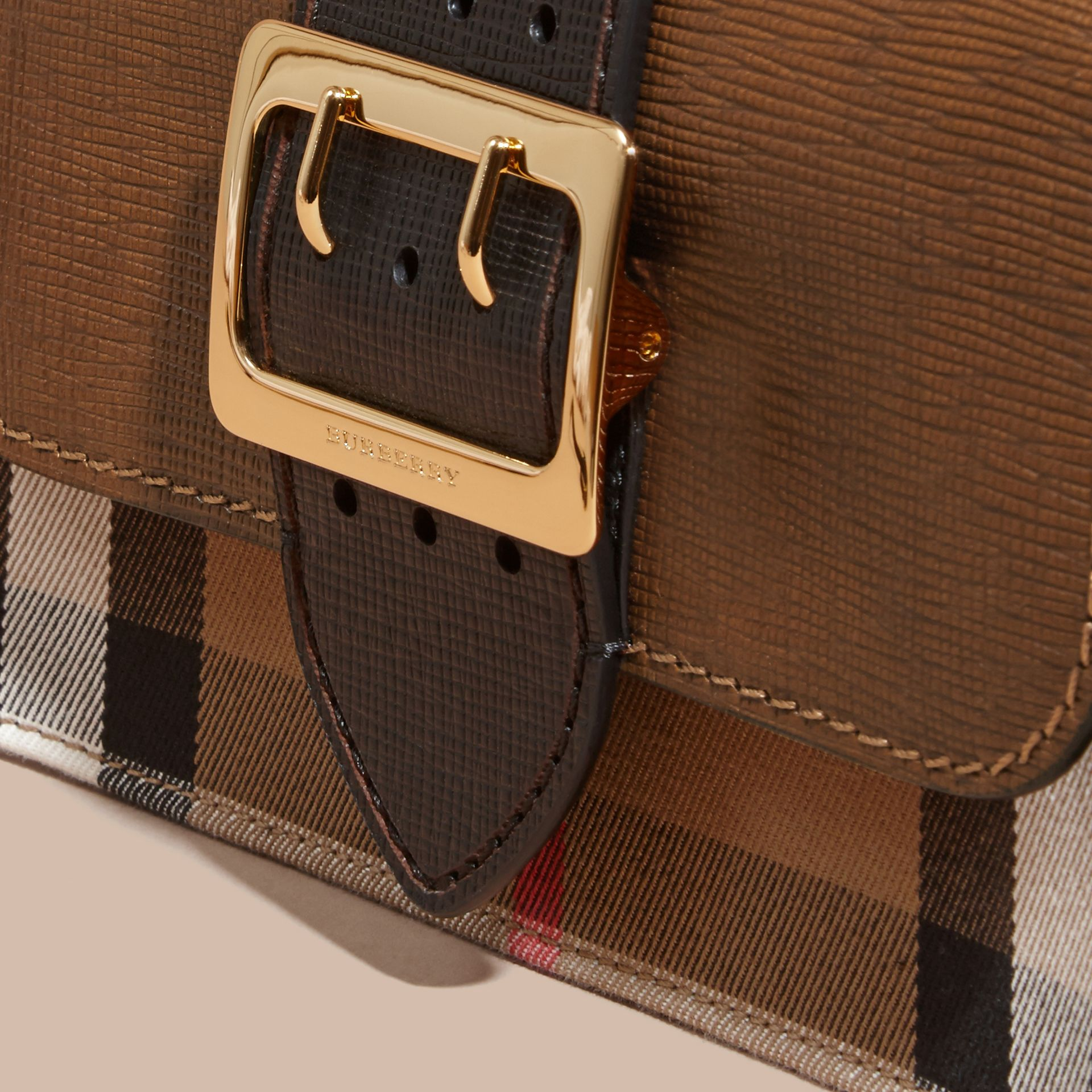 The Medium Buckle Bag in House Check and Textured Leather Tan/black - gallery image 2
