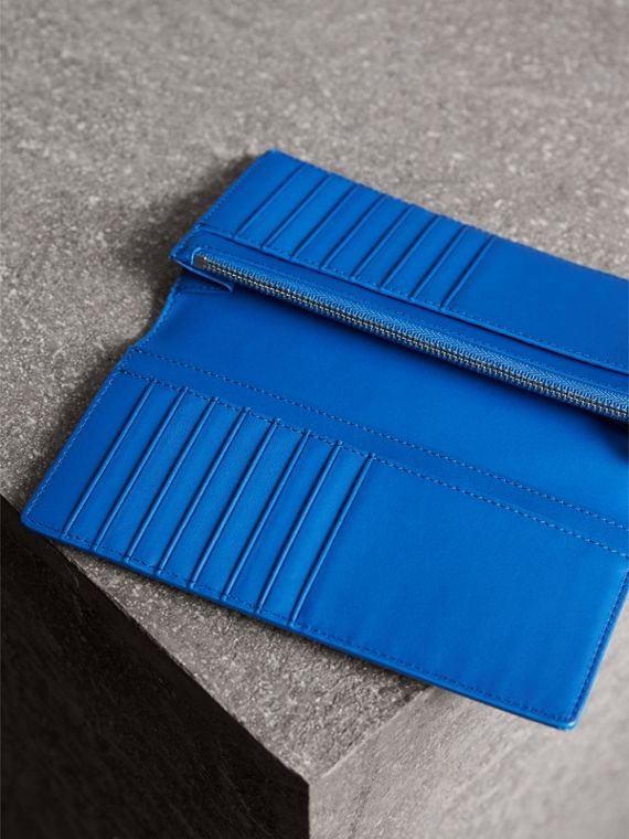 London Check and Leather Continental Wallet in Navy/ Blue - Men | Burberry - cell image 3