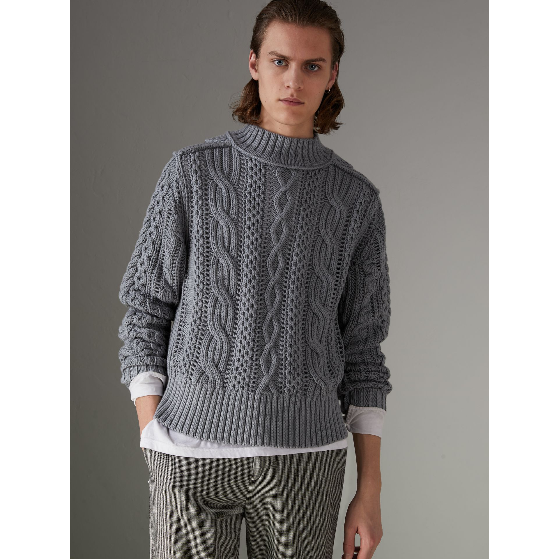 Open-stitch Detail Cable Knit Cotton Cashmere Sweater in Stone Blue - Men | Burberry - gallery image 4