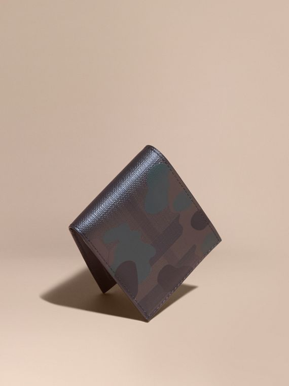 Camouflage Print London Check Folding Wallet