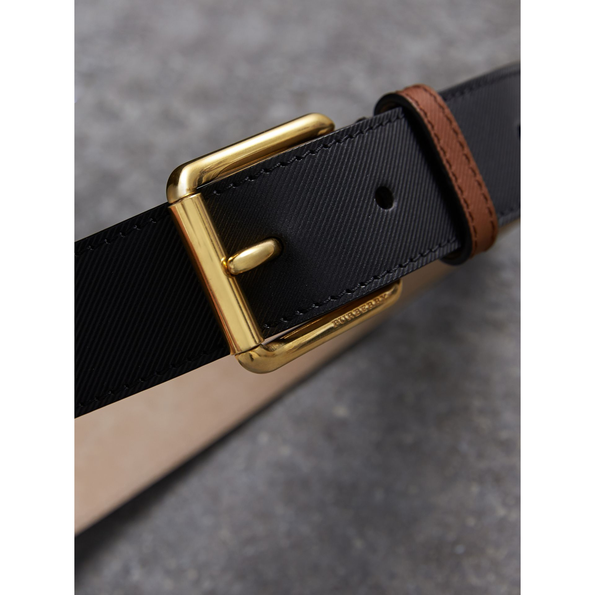 Two-tone Trench Leather Belt in Black - Men | Burberry Singapore - gallery image 2