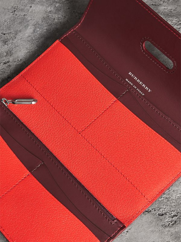 D-ring Grainy Leather Continental Wallet in Bright Red - Women | Burberry - cell image 3