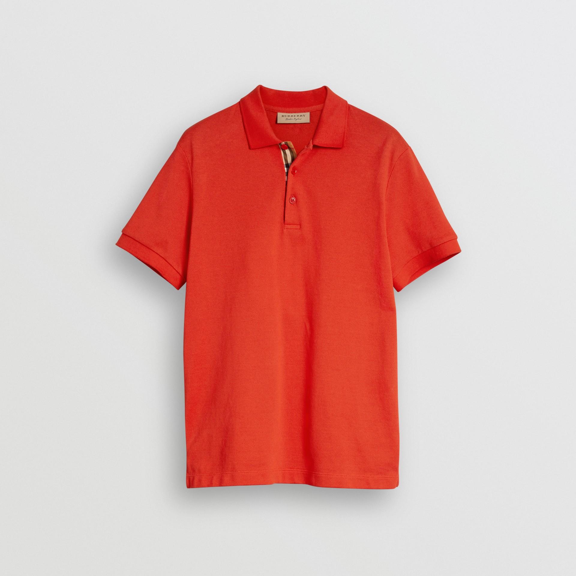 Polo en coton avec détail check (Rouge Vif) - Homme | Burberry Canada - photo de la galerie 3