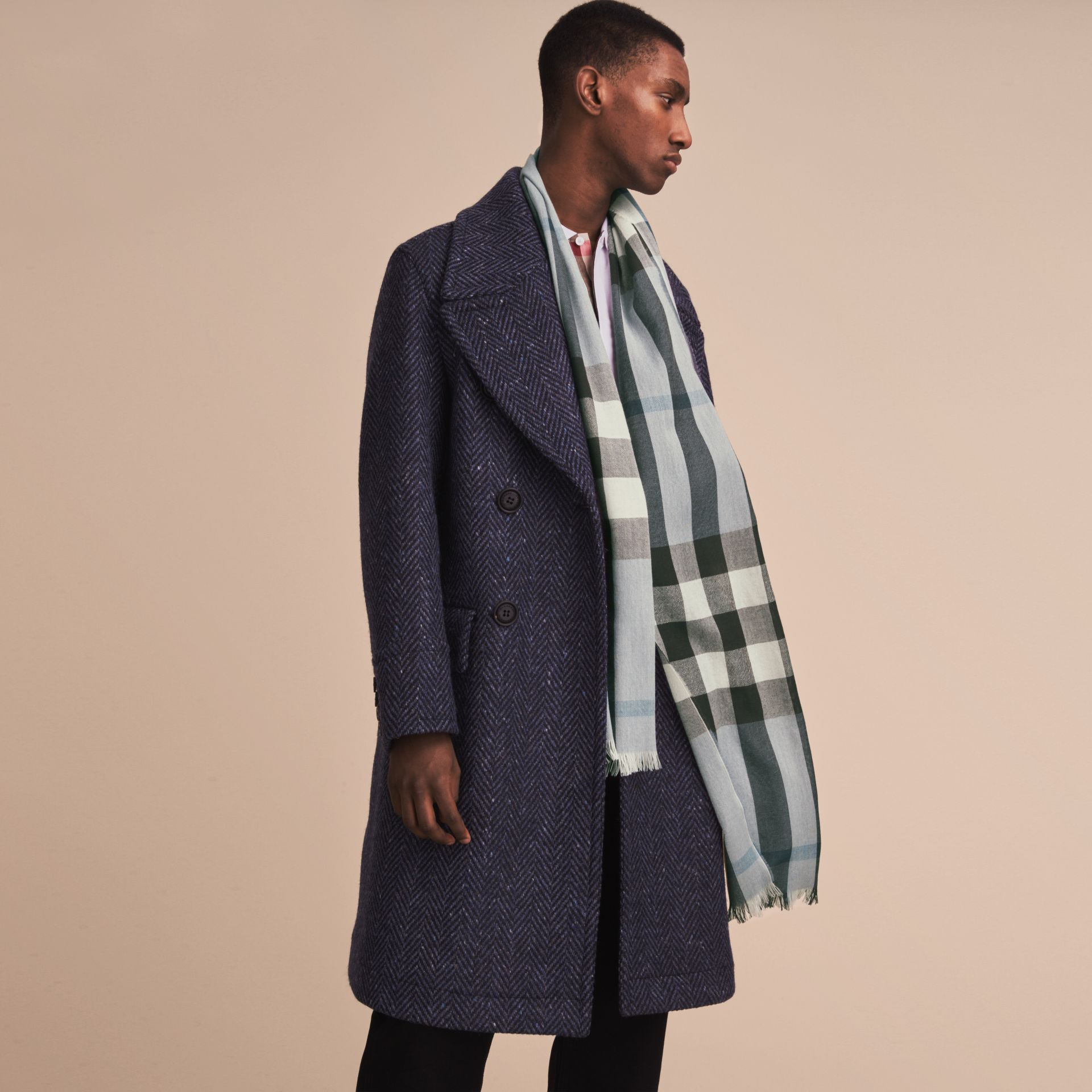 Lightweight Check Wool Cashmere Scarf in Mist Grey - Men | Burberry - gallery image 3