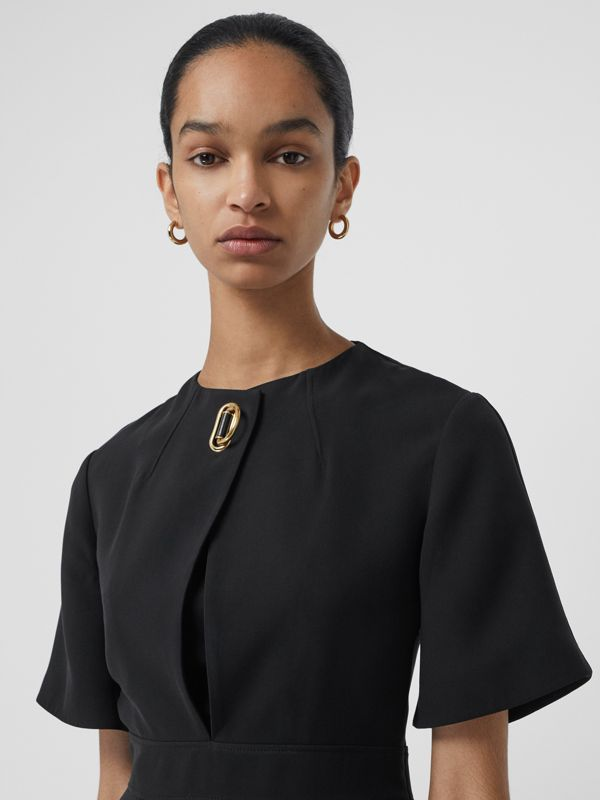Short-sleeve D-ring Detail Silk Wool Dress in Black - Women | Burberry - cell image 3