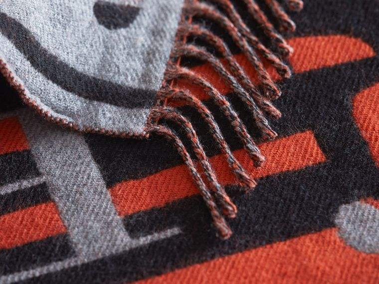 Burberry Lettering Bus Motif Wool Mini Scarf in Mid Grey Melange | Burberry Singapore - cell image 1