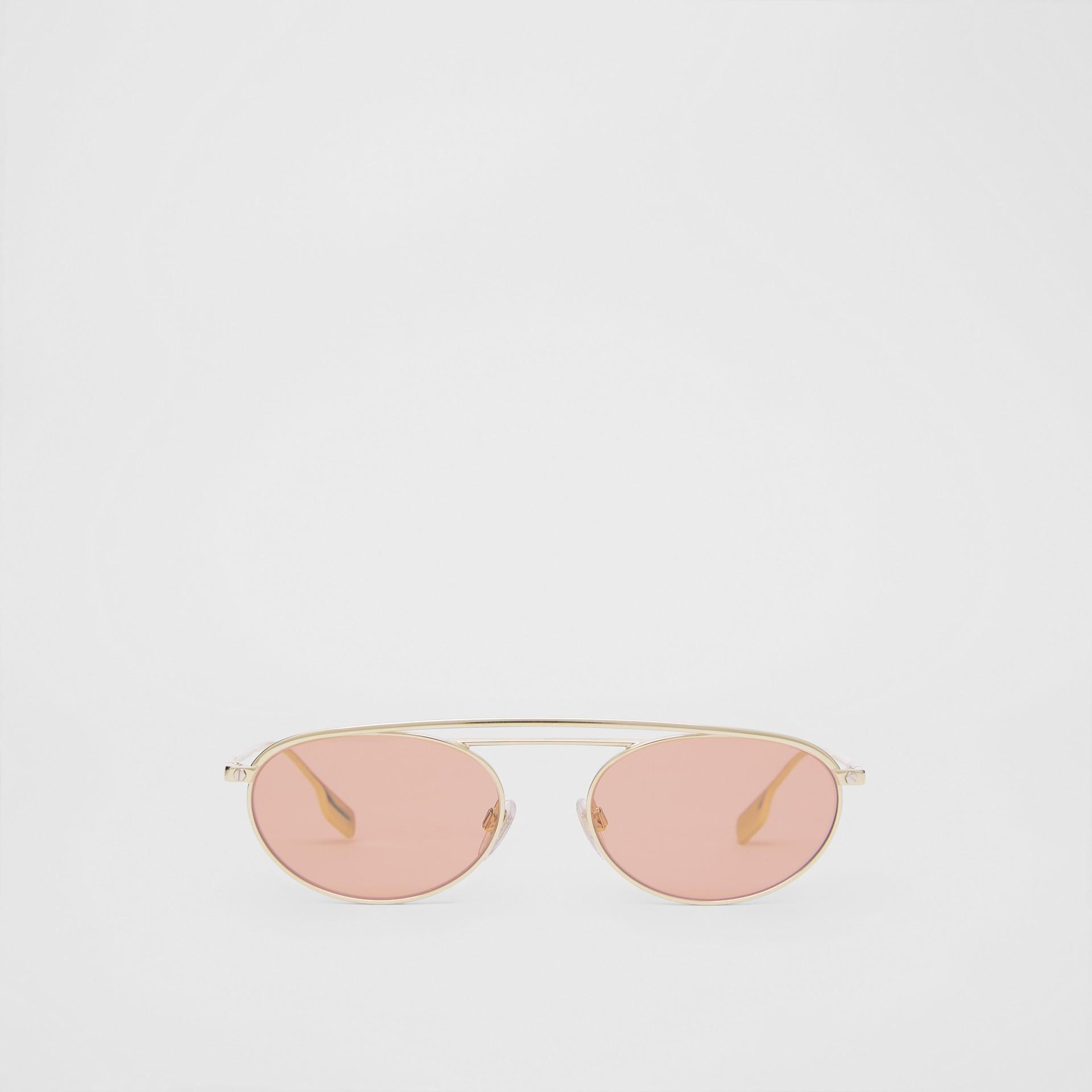 Lunettes de soleil à monture ovale (Rose Clair) - Femme | Burberry Canada - photo de la galerie 0