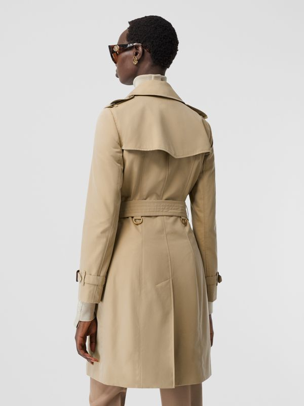 The Chelsea Heritage Trench Coat in Honey - Women | Burberry Australia - cell image 2