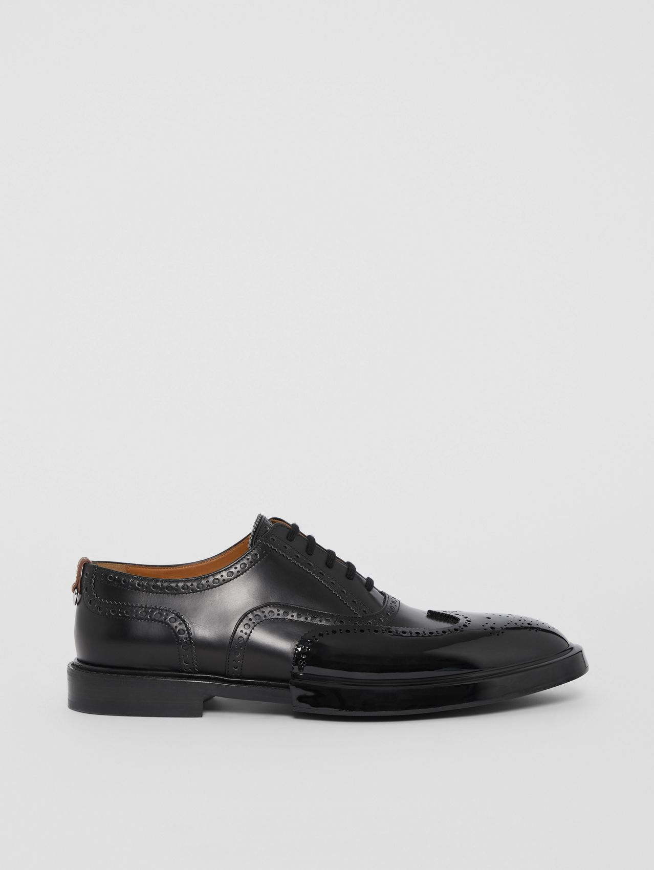 Toe Cap Detail Leather Oxford Brogues (Black)
