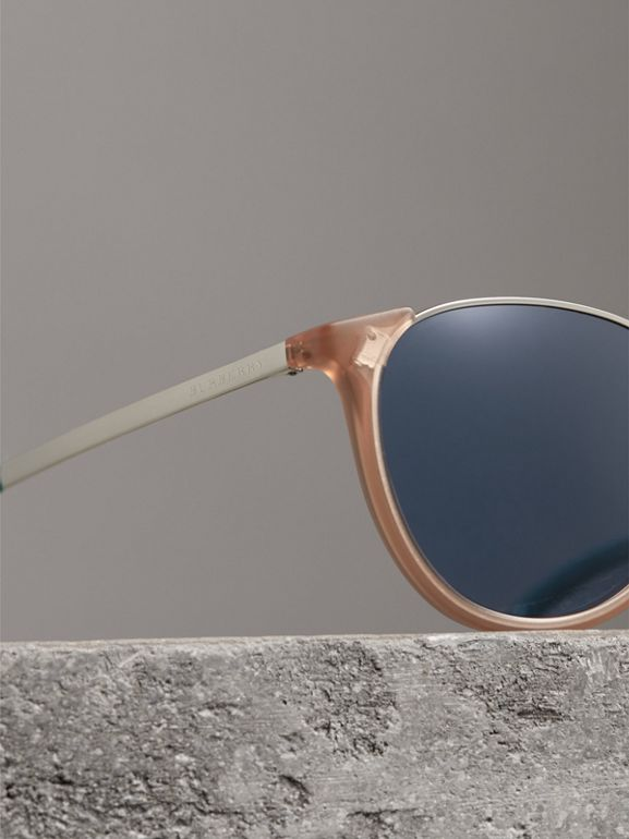 Keyhole Pilot Round Frame Sunglasses in Nude - Men | Burberry United Kingdom - cell image 1