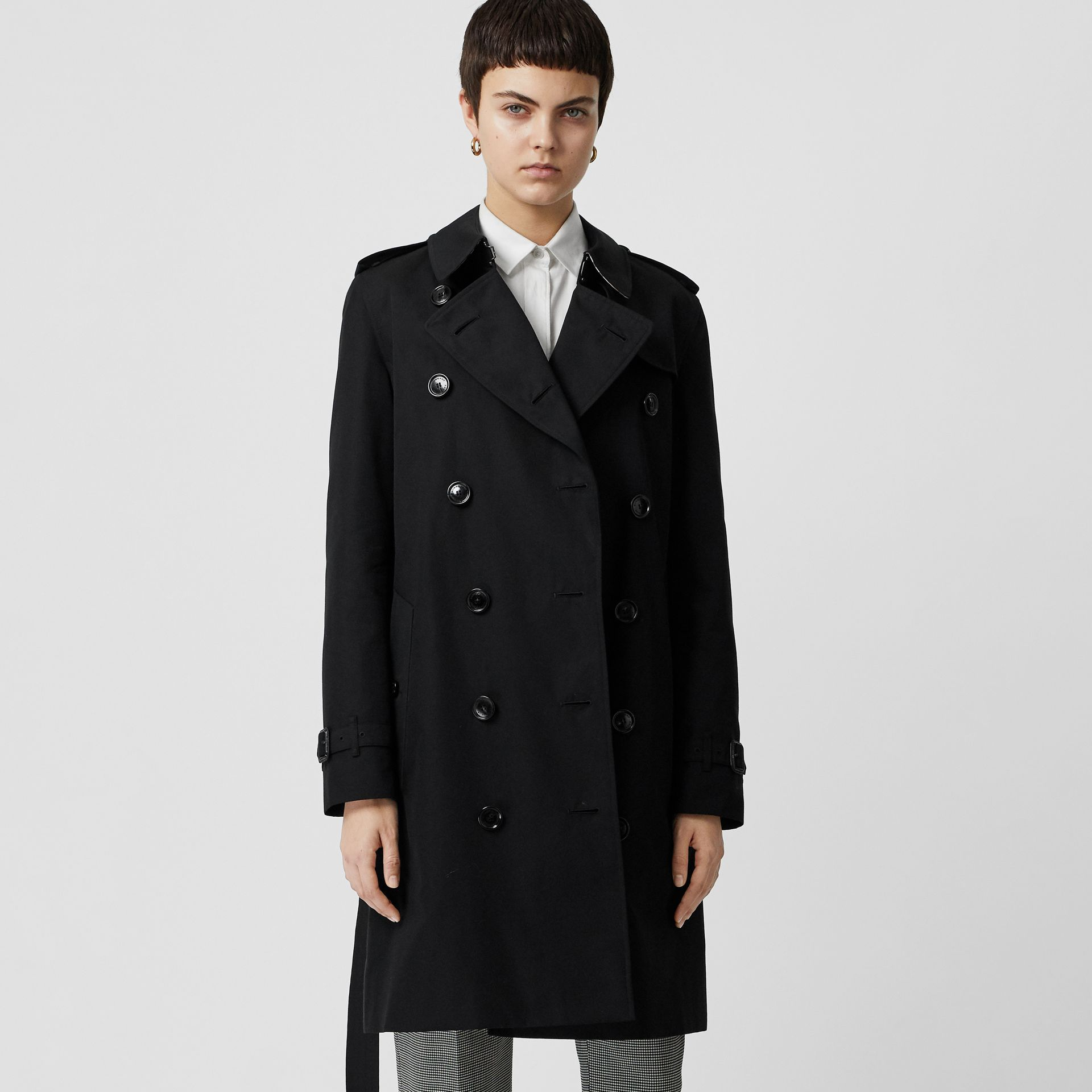 Kensington Fit Cotton Gabardine Trench Coat in Black - Women | Burberry Australia - gallery image 5