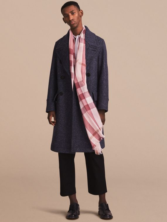 Lightweight Check Wool Cashmere Scarf in Chalk Pink | Burberry Canada - cell image 2