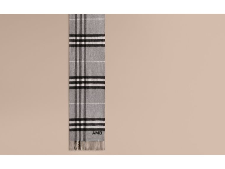 The Classic Cashmere Scarf in Check in Pale Grey - cell image 1