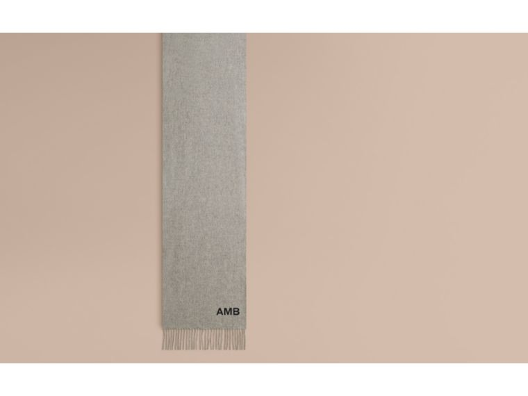 The Classic Cashmere Scarf in Pale Grey - cell image 1