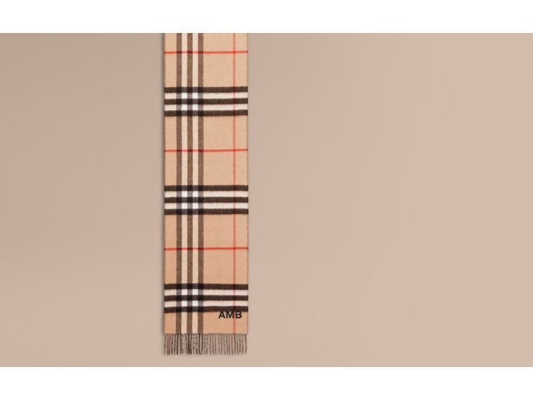 Reversible Check Cashmere and Block-colour Scarf in Camel/charcoal - cell image 1