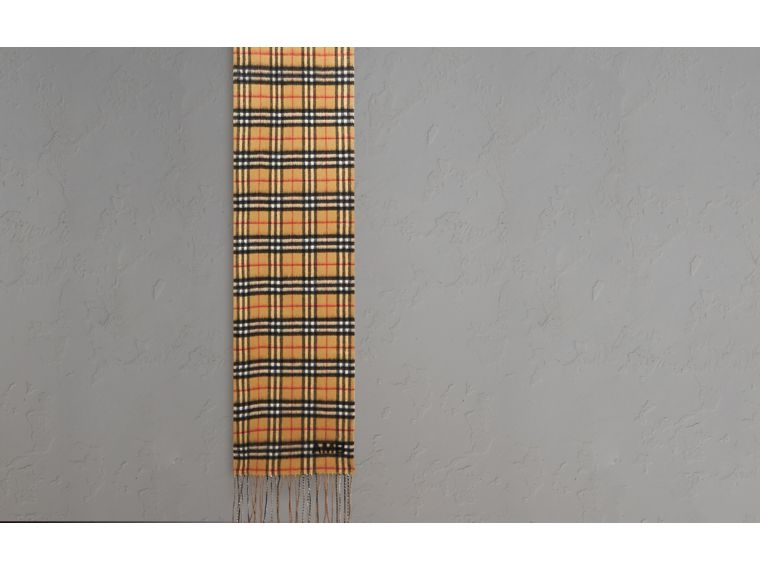Reversible Vintage Check Cashmere Scarf in Sandstone | Burberry - cell image 1
