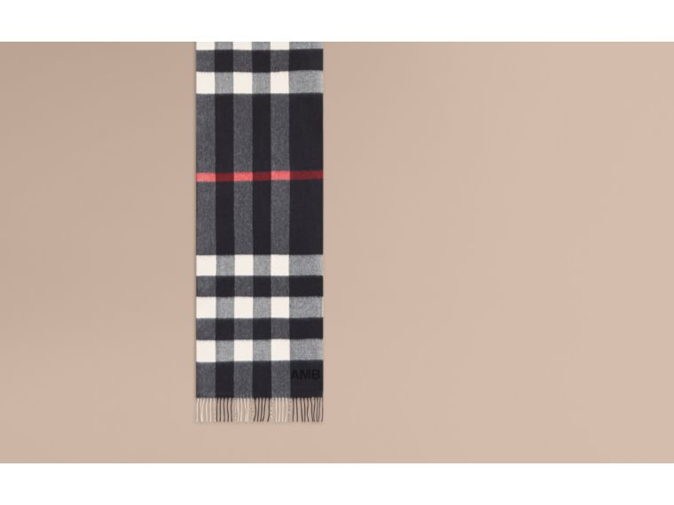 The Large Classic Cashmere Scarf in Check in Navy - cell image 1